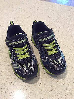 Skechers Boys Size 12 Light Up Shoes - Free Post