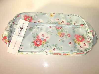 Cath Kidston blue ditsy floral large make up/ wash / toiletry bag - BNWT