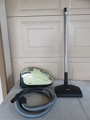Miele Carina Canister Vacuum Cleaner S4210