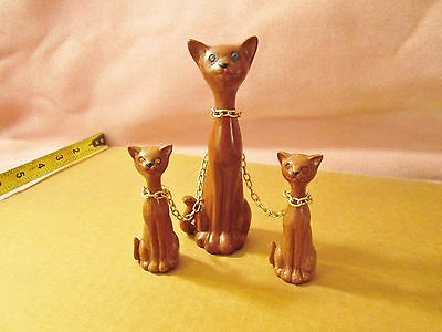 Vintage Whimsical Wooden Cat Family Figurines On Chain - Mint Condition!!!