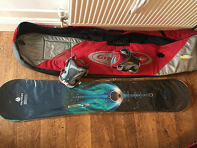 Burton Cruzer 64 (164) snowboard with loose Flow bindings