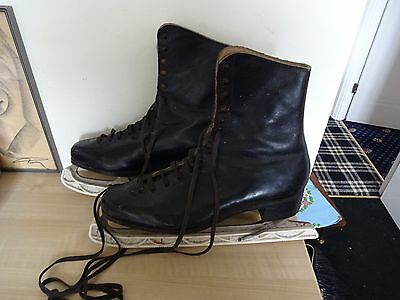 VINTAGE 1940s  LEATHER  BLACK LEATHER ICE SKATES w/ BLADE GUARDS DISPLAY PROP