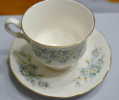 Vintage Queen Anne Made By Ridgweay White With Blue Flowers