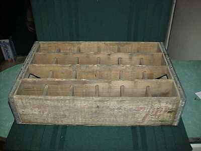 """Vintage 7-Up ~Wooden Crate~ Bottle Carrier  """"24 Individual Sections"""""""