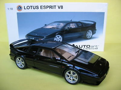 Lotus Esprit V8, Black, 1:18 by Auto Art - New in Box!