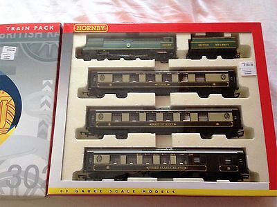Hornby R2279M 'THANET BELLE' Train Pack - mint