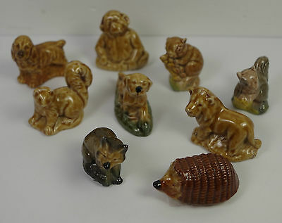 Set of 9 Nine Wade England Whimsies Miniature China Ornaments (PREOWNED) 1605029