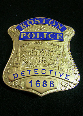 US Boston PD Detective Copper Medal Police Pin Badge Shield Brooch Cosplay Props