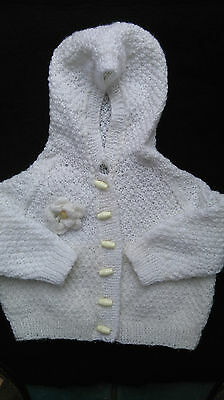 Brand New Hand Knitted Baby  Girls White Hooded Cardigan 12-18 Months
