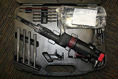 Matco Tools MT2219 Gear Driven Air Saw in Case w/ Accesories