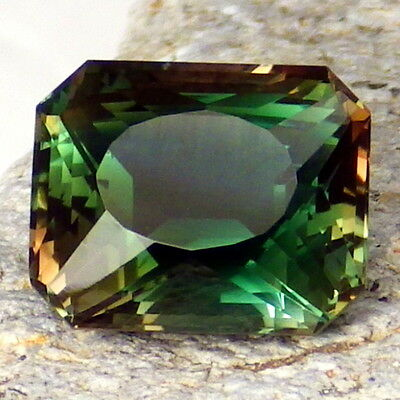 BLUE-TEAL DICHROIC OREGON SUNSTONE 5.16Ct FLAWLESS-DEEP COLOR-INVESTMENT GRADE!