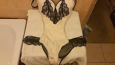 Ann Summers Marlena Shell & Black Body Size Large 16 New With Tags