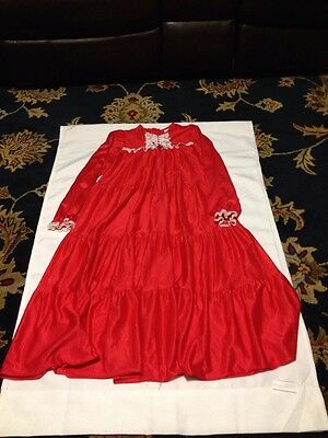 I C Mfg Co Size 8 Vintage Red With  Lace Long Sleepwear #3102 Mode In USA Cute
