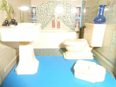 Renwal Bathroom Set Plastic Dollhouse Furniture Marx Ideal Plasco