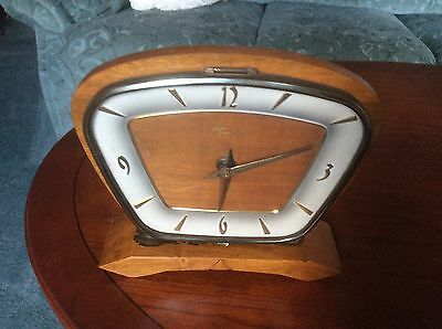 WOODEN 1960s MANTEL CLOCK - Not Working - Repair or spares