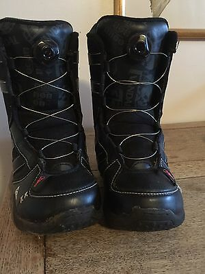 K2 Size 7 Boys Snowboarding Boots Great Condition