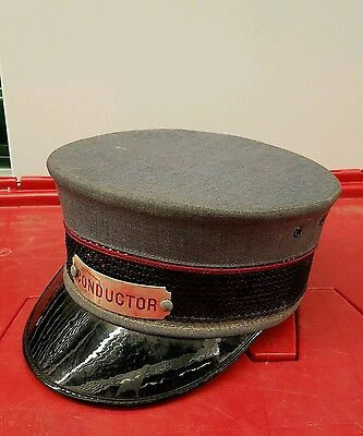 Vintage Defunct Long Island Railroad Trainman Conductor RED Badge & Hat LIRR