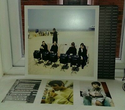 OASIS ART CARD, 3 POSTCARDS SUPPLIED in an OASIS SLEEVE HOLDER - NOEL GALLAGHER