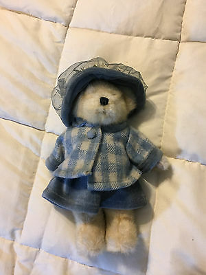 Vintage Boyds Bears White Teddy Bear Blue Flower Hat Fall Weather Outfit Doll!