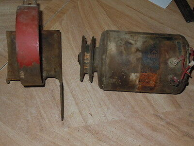 Ford 8N Tractor 6 Volt Generator With Belt Pully And Mount Bracket