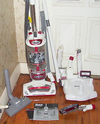 SHARK ROTATOR PRO LIFT AWAY PROFESSIONAL bagless vacuum cleaner Syd or delivery