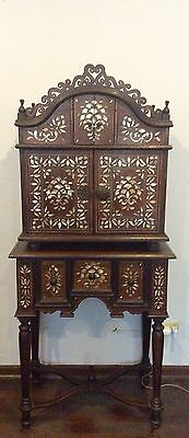 Beautiful Bargueño with table marquetry mother pearl republican Peru
