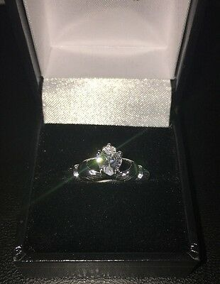 New Stunning Sterling Silver 925 Irish Claddagh Ring With White Stone Heart