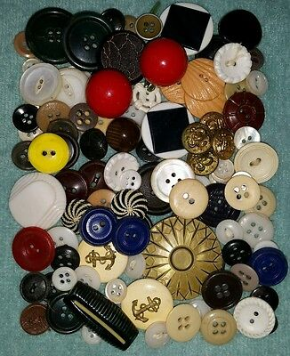 Lot OF 100 Antique Sewing Buttons Bone Shell MOP Glass Metal Wood Plastic etc