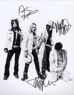 """MOTLEY CRUE Hand Signed By Band """"Farewell Tour Promotional"""""""