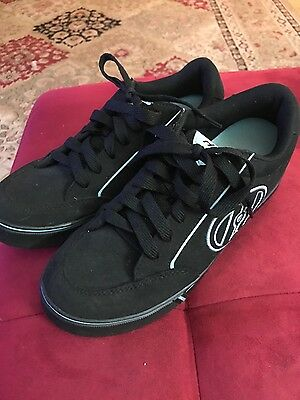 Heelys size 7 unisex - womens 8 - worn twice.