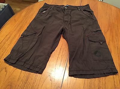 "Xl 38"" Waist Brown Cotton Airwalk 3/4 Shorts"