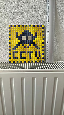 SPACE INVADERS mosaique decoration obey  CCTV retro games