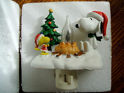 Peanuts Outdoor Christmas Campfire Flickering Nightlight Snoopy and Woodstock