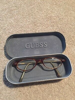 Ladies Guess Glasses In Case