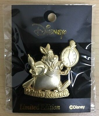 Rare Disney Japan Alice in Wonderland Pin M&P Mall Relief White Rabbit LE500
