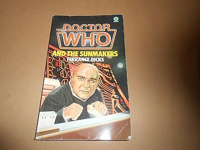 Dr Doctor Who and The Sunmakers - Target Paperback Book