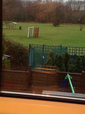 8ft trampoline with enclosure, Nearly New