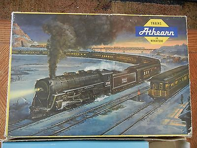 Vintage Athearn Miniature Train Set HO scale Northern Pacific with Power Supply
