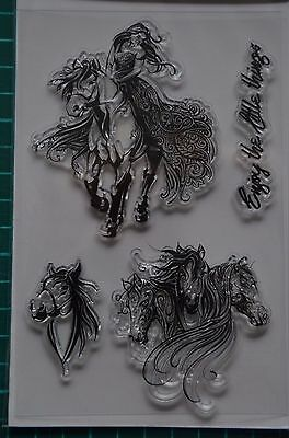 Lot de 4 Tampons transparents clear stamps Fille Femme Fée cheval chevaux NEUF