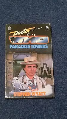doctor who book - PARADISE TOWERS - 1st edition
