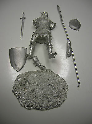 Fante medievale XIII°-XIV° sec.-soldatino in piombo 54mm- ditta EMI WARLORD