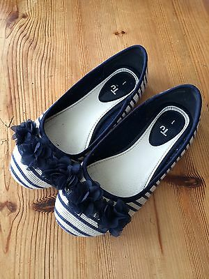Girls TU Navy Blue Striped Ballet Shoes, Kids Uk Size 1, Good Condition