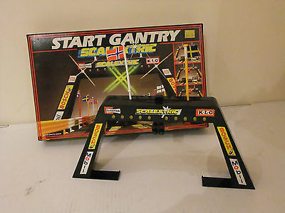 Scalextric C209 Start Gantry with lights Rare Vintage with Box
