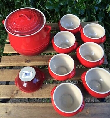 Le Creuset Soup Terrine with 8 matching bowls