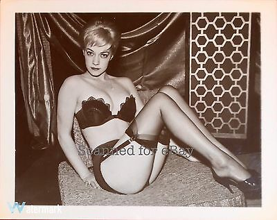 VTG 50s VIRGINIA ROGERS RISQUE PINUP PHOTO IN HEELS & NYLONS BY ELMER BATTERS #2