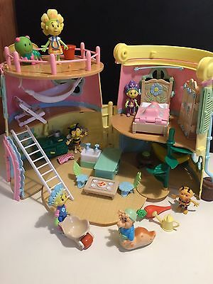 Fifi and The Flower Tots Forget Me Not Watering Can House Cottage Deluxe Toy