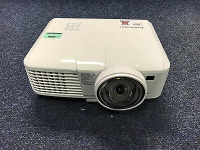 Mitsubishi EX321U-ST Projector Short Throw 3D ready 4477 lamp hours used
