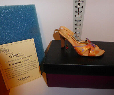 Raine Willitts Just the Right Shoe Madagascar comet