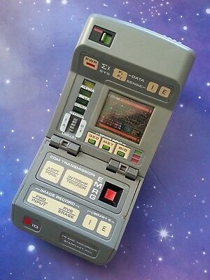 Star Trek The Next Generation Science Tricorder Electronic Playmates Toy Prop