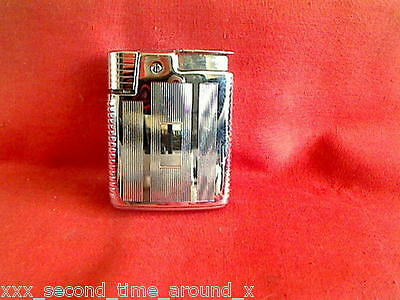 @@@ - A Very Nice Ronson Windmaster Cigarette Lighter & Pouch - G W O  @@@